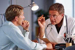 При заболеваниях простаты также нарушаются обменные процессы