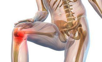 Для профилактики развития заболеваний суставов всем людям (так как с возрастом суставы ухудшаются у всех)