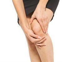 В сравнении с инъекциями, средство при применении не повреждает мягкие ткани